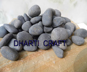 BLACK RIVER PEBBLES for Garden decoration